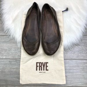 Frye • Brown Carson Ballet Leather Flats